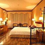 Hongyin Hotel