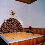 Chetna Hotel