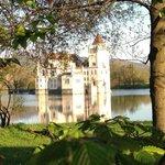 Wasserschloss Anif - Blick vom Gastgarten aus