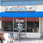 Wendy's Towne Restaurant
