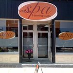 Solitudes Spa & Tanning Studio