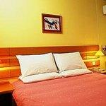 Home Inn (Dalian Jinzhou Jiefang Square)