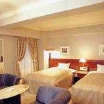 Creston Hotel