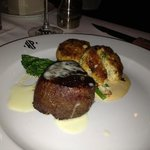 Filet and tasty crab cakes - Hyde Park
