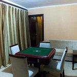 Qicaiye Business Hotel