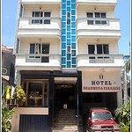 Hotel Shanmuga Paradise