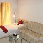 Jingyuan Apartment Hotel
