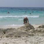 Beaautiful white sand and turquoise water