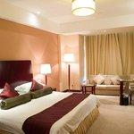 Tanggong Hotel