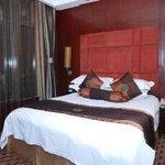 73850 Hotel