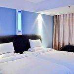 Dushi Yunduan Hotel