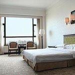 Haicheng Business Hotel