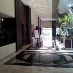 Hotel lobby: access to the restaurant