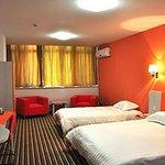 Canglong Hotel