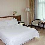 Cui Zhu Hotel
