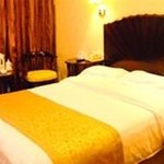 Home Inn Beijing Changping Gulou West Street