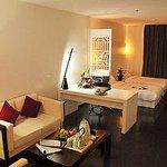 Longyuan Shangpin Business Hotel