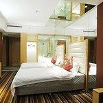 Chuan Shan Hotel