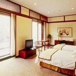 名泉大酒店