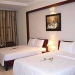 Van Lang Hotel