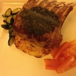 Agnello in crosta di menta - Mint crusted lamb