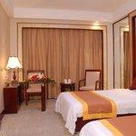 Tongbai Hotel