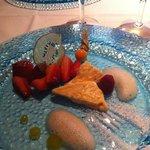 Sobremesa ( frutas com sorvete de torrone)