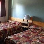 Cedar Inn Motel