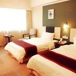 Fenghuang Hotel