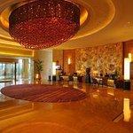 Dijing Huangguan Hotel