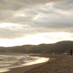пляж на закате