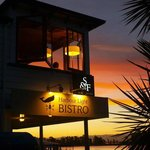 Harbour Light Bistro