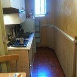 mini cucina con assenza tavoli