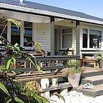 Kowhai Cottage Photo