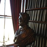 Lincoln bust in library
