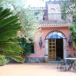 Hotel Villa Sirina - view of main entrance