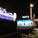 The Meadows Frozen Custard of Cranberry @ night