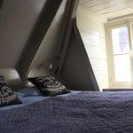 appartamento con vista interna: mansarda (letto)