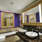 Fab bathroom inc built in TV!
