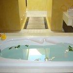 our lovely bathtub!