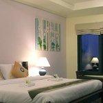 Thanya Beach Resort Foto