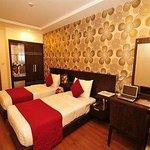 Hanoi Ruby Hotel
