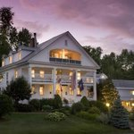 Rabbit Hill Inn at dusk