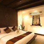 Minwei Hotel