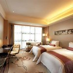 Baiyun Shenglong Hotel