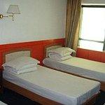 Yunlai Motel