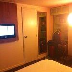 camera con porta comunicante