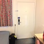 room entryway (109)