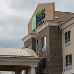 Richwood, Kentucky Holiday Inn Express & Suites