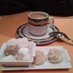 café et meringues au café